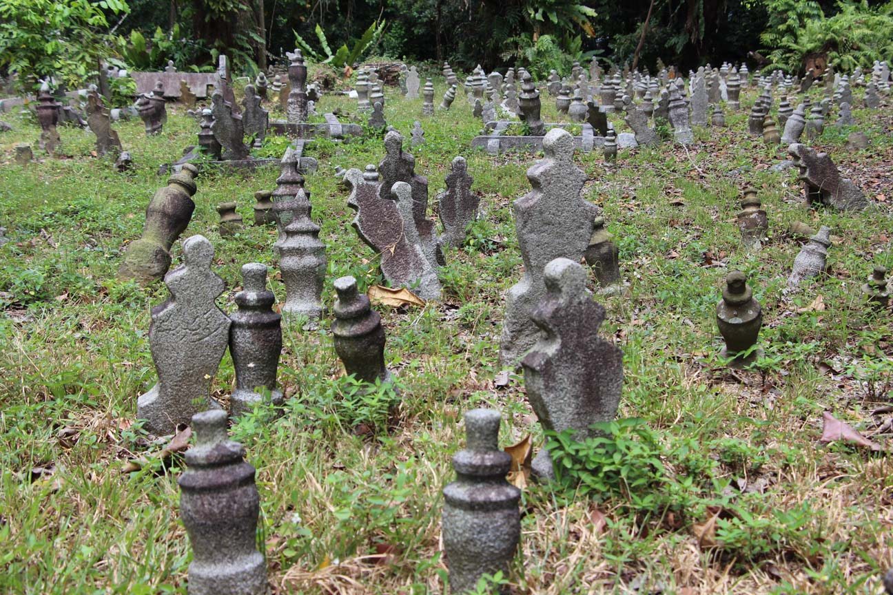 Un cimetière musulman, à l'abandon