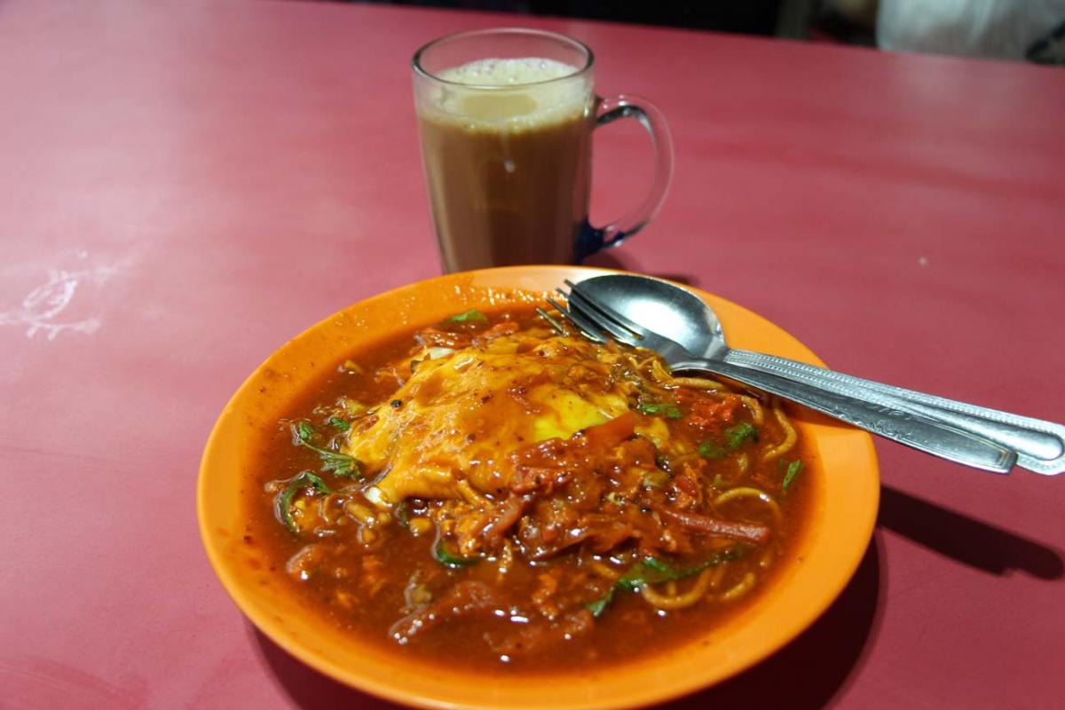 S'alimenter dans la rue de Singapour: que du bonheur