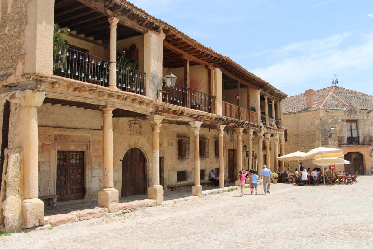 Pedraza, plaza mayor